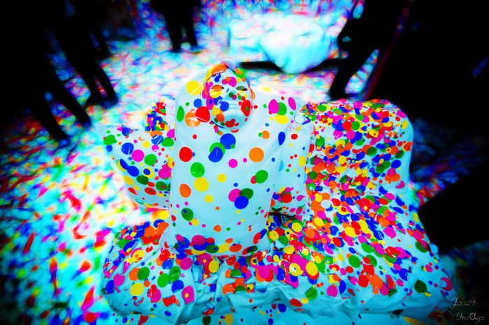 草间弥生 Art Exhibition Creative Colors