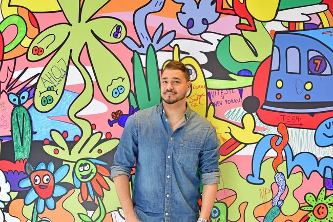 One Person Graffiti Front View Young Men Creativity Multi Colored Wall - Building Feature Art And Craft Real People Men Waist Up Street Art Young Adult Leisure Activity Communication Casual Clothing Standing Lifestyles Mural