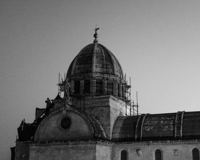 Dome Architecture Travel Destinations Outdoors Building Exterior EyeEmBestPics EyeEmNewHere Longexposurephotography Urban Skyline Dramatic Sky Streetphotography Architecturephotography EyEmNewHere Architecture EyeEm Best Shots Longexposure Chrurch Blackandwhite Bnw_collection Black And White Photography