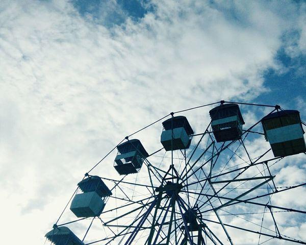 Take a ride Ferris Wheel Sky Its More Fun In Siargao