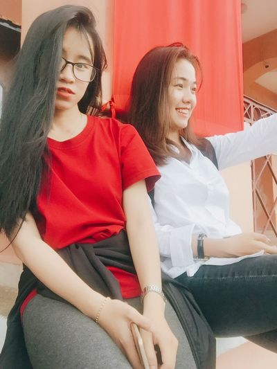 Lộn concept 😳😳 Sitting Two People Teenager Togetherness Red Friendship Student Lifestyles 西贡 胡志明 Smiling 很可爱 Triển Và Đồng Bọn 加油清泉 Childhood Young Triển Outfit Freshness Happiness Saigonese Vietnamese Young And Beautiful Teenage Girls Swag