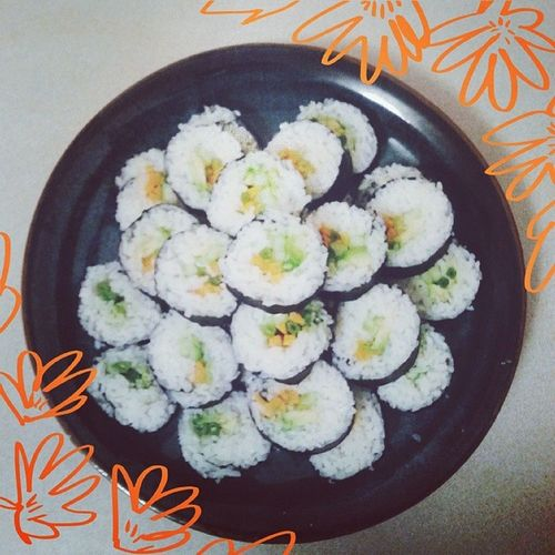 Vegan sushi platter. Lasted me through dinner, breakfast and lunch. Whatveganseat Sushi Vegansushi Veganfoodporn veganfoodshare vegansofinstagram vegansofig