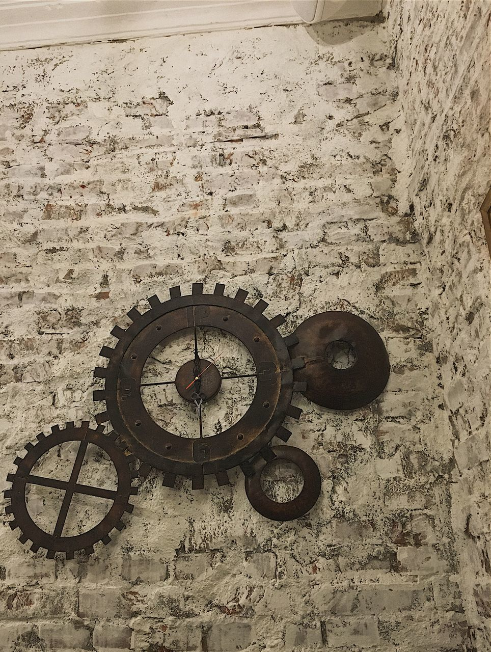 no people, machinery, day, gear, outdoors, time, clock, roman numeral, close-up, clock face