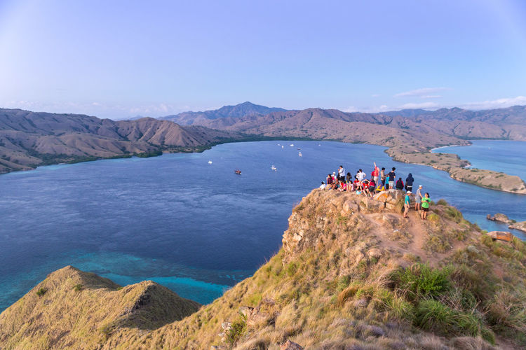 Hill Hilltop View People Mountain Outdoors Adventure Scenics Landscape Large Group Of People Beauty In Nature Nature Flores Komodo National Park The Week On EyeEm Breathing Space
