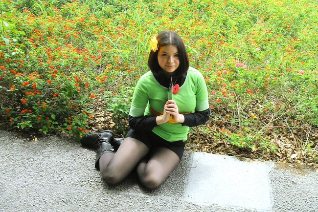CHARA Undertale Cosplay Girl And Flowers