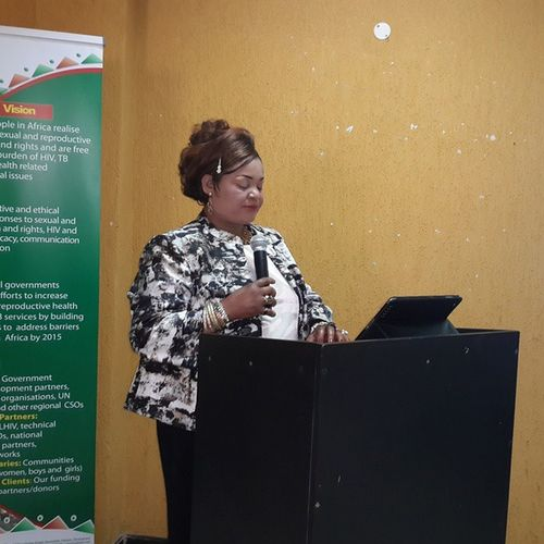 The beautiful n honourable minister strongly urged men to stop abusing their wives or face the consequences. Pacifichotel Lilongwe Ministryof gender Safaids unwomen nac