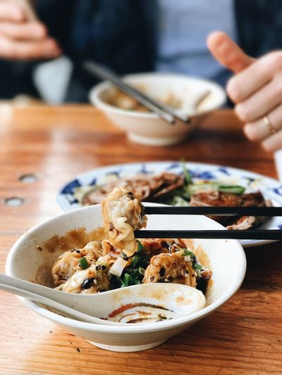EyeEm Selects Food Human Hand Freshness Table Bowl Chopsticks Dumplings Chili  Taiwanese Taiwanese Food Happiness Restaurant Berlin Charlottenburg  Lonmen Noodle House Noodles Germany