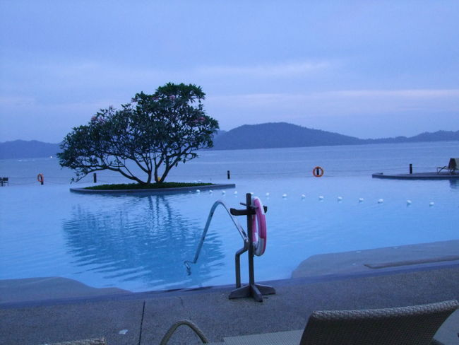 Reflection Beauty In Nature Blue Colours Blue Sky White Clouds Borneo Calm Composition Dusk Idyllic Kota Kinabalu Leisure Activity Lifestyles Malaysia Mountain Outdoor Photography Pool Reflection Ripples In The Water Sabah Swimming Pool Tourism Tourist Destination Tranquil Scene Tree Vacations Water