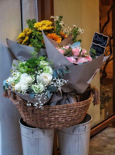 A Bouquet Of Flowers Bouquet Rosé Variety Colors Beautiful Flowers Freshness Flower