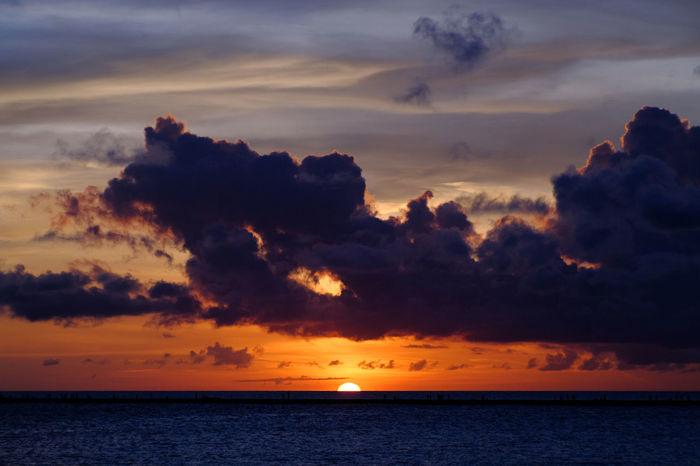 Beauty In Nature Cloud - Sky Dramatic Sky Horizon Horizon Over Water Idyllic Jupiter9 Nature Orange Color Scenics Sea Silhouette Sky Sun Sunset Tranquil Scene Tranquility EyeEm Selects Sommergefühle My Best Travel Photo