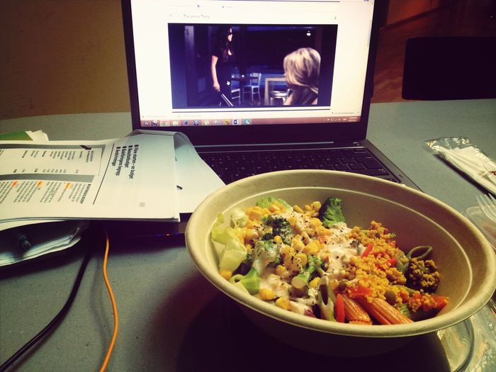 Enjoying A Meal Studying Watching Pretty Little Liars
