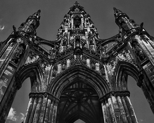 Old Beauty Travel Destinations Architecture Travel Cultures City No People Low Angle View Sky Built Structure Arch Day Outdoors Amateur Photography Great Britain Edinburgh, Scotland Scott Monument Landmark Old Buildings Monumental Buildings Photography Photgraph Blackandwhite Photography Black & White Art Is Everywhere