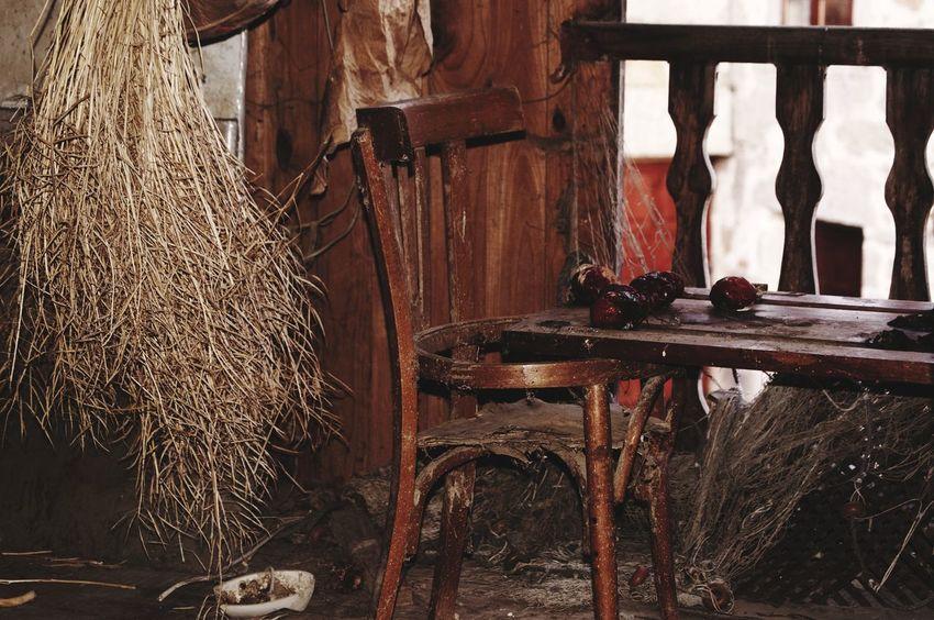 Indoors  Cavanon Vintage Old Forniture Bodegón Ruina Muebles Olvidado Tiempo Pasado
