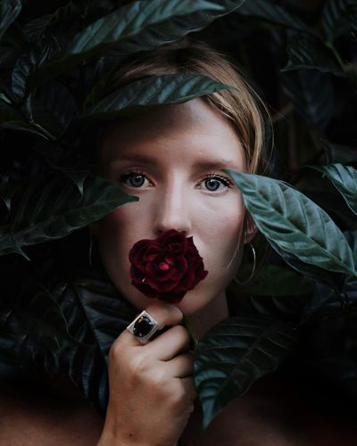 The Portraitist - 2018 EyeEm Awards EyeEm Of The Week Eyeemoninstagram Eyeem Of The Day EyeEm Best Shots Nature_collection Portrait Portrait Of A Woman Leaves Creative Photography EyeEmPortraits Popular Photos A New Perspective On Life Witch Young Women Portrait Beautiful Woman Looking At Camera Human Face Beauty