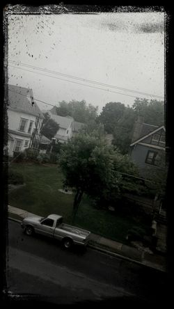 weather got me feelin gloomy ??