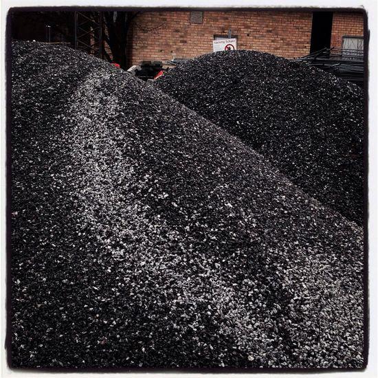 Coal, black, värtahamnen