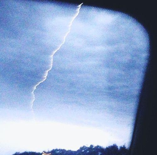 Nuages Eclair Tempête Meteo Pluie Sous La Pluie Beautiful Nature Picture Nature Electric