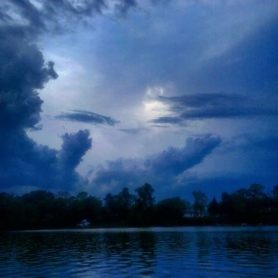 Cool Looking Cloudporn Clouud Shapes Storm Cloud On The Water No People Kayaking In Nature My Backyard Oasis California MD USA