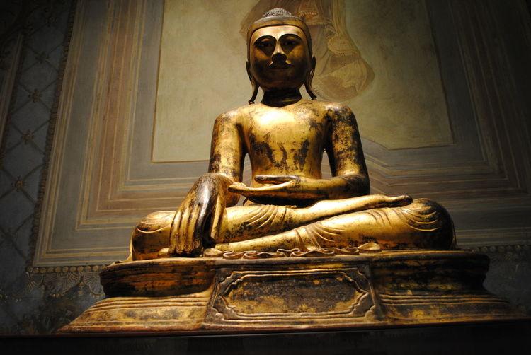 Gold Mao Spirituality Statue Cina Museum Oriental Style Oriente Spiritualità
