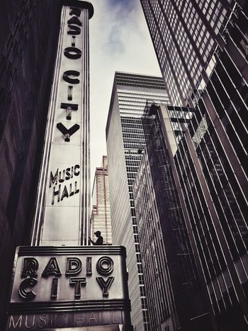 Radio City - lights out