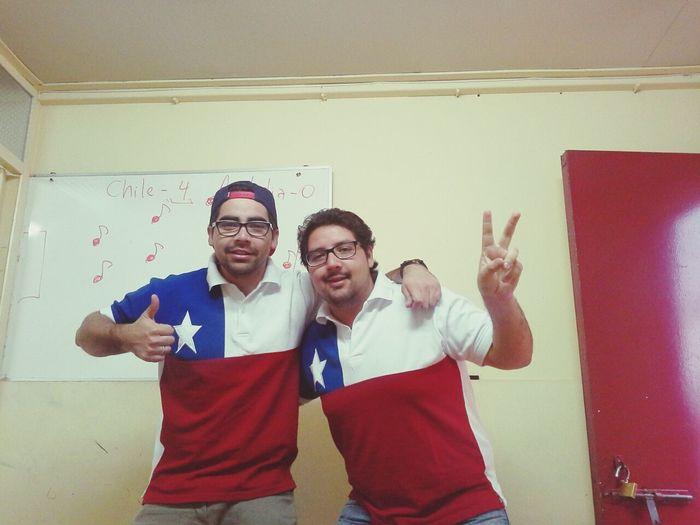 listos para ver el partido de Chile :P Chile Brazil 2014 World Cup Chileno De Corazon