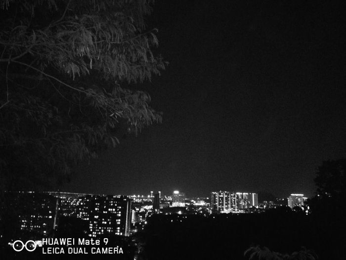 Huaweimate9 Sky Bukitjambul  Nightphotography Monochrome Photography Nature Leicatechnology