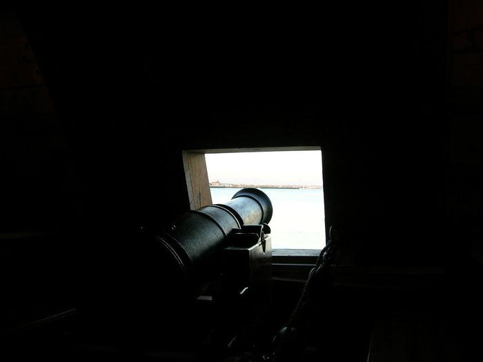 Al Abordaje ! Cádiz, Spain Defensa Naval Galeón Götheborg Horizonte Ciudad Piratería Portezuela Defensiva Cañones Close-up Day Indoors  Mar No People Replica  Tesoros