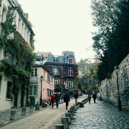 Montmartre ? Paris Architecture France Paris ❤