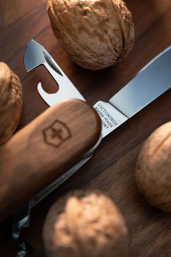 Productphotography of a knife Still Life Indoors  Selective Focus High Angle View Close-up Table No People Wood - Material Brown Knife Kitchen Knife Kitchen Utensil Macro Product Product Photography Nikon Nikonphotography Sharp Nuts Products