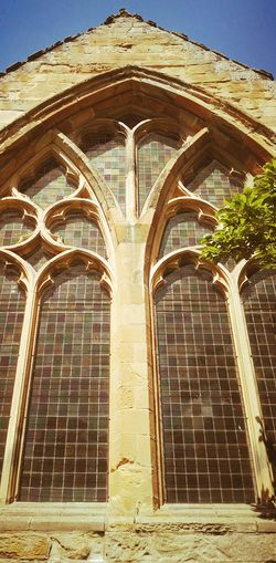 Architecture Arch Day Built Structure Low Angle View History Outdoors No People Building Exterior Travel Destinations Sky Church Windows Summer 2017 Eyem Masterclass Scotland 💕 Scotland Travel Place Of Worship Window Architecture Eyemphotography Eyem Gallery Creative Shots Religion EyeEm Selects Tranquility The Week On EyeEm