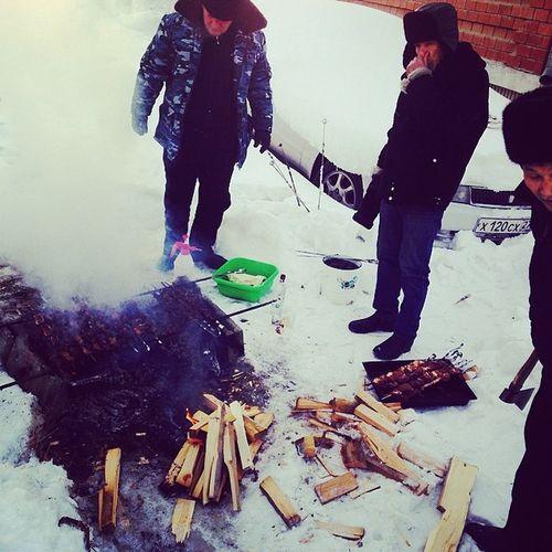 шашлык машлык готовим теткам и сестренкам на восьмое марта meat ? ykt instaykt good day