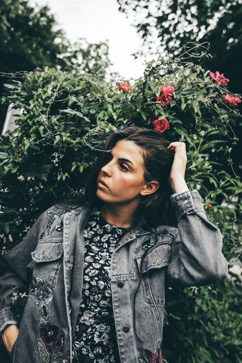 The Portraitist - 2017 EyeEm Awards Young Adult One Person Tree Young Women Outdoors Day Leisure Activity Portrait Happiness Adult People Lifestyles Beautiful Woman One Young Woman Only Adults Only Women Smiling One Woman Only Only Women Real People Long Hair Beautiful People Nature Standing
