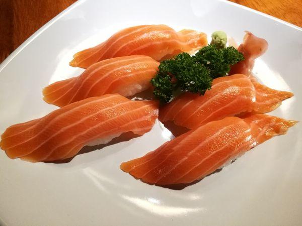 Salmon Sushi Sushi Salmon Japanese Food Japanese Rice Yummy Wasabi Colour Of Life