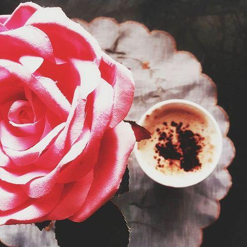 للقهوةسر في ازدياد السعادة😍☕ Coffee cause an increase in happiness صباح الخير تصويري  يومياتي تصوير  رمزيات  صور مصورة_مبدعة صورة قهوتي  موسيقى Coffee Vscocam عالم_القهوة دانكن_دونتس دانكن_دونتس
