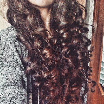 My crazy, long, curly hair... Longhairgodcares Romantic Style Curly curls longhair capellilunghi ricci boccoli rizos cabellolargo fashion hairstyle cghcocooncurls cocooncurls ilovemylonghair