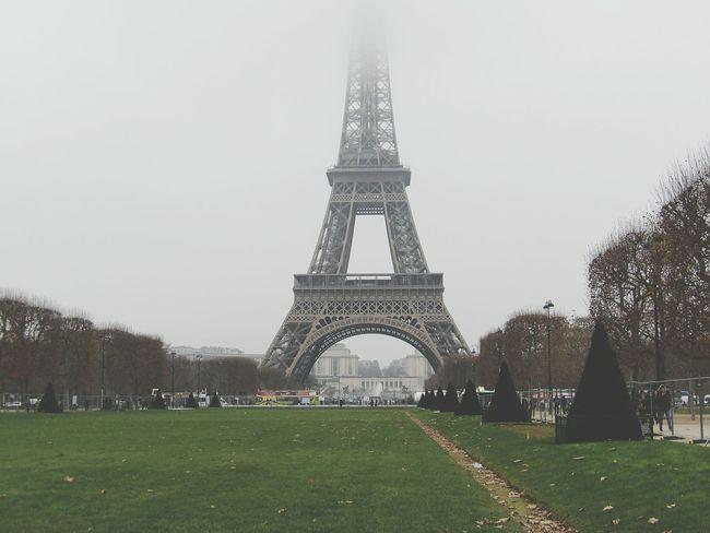 Paris Paris, France  Paris ❤ Tour Eiffel Tour Eiffel ♥ Tour Eiffel, Paris. France France🇫🇷
