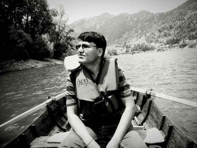 My father👨 Lake View Blackandwhite Boat Ride Nainitaldiaries Looking To The Other Side Check This Out Story Behind The Picture Randomclick First Eyeem Photo Reflections In The Water Relaxing Father The Portraitist - 2016 EyeEm Awards Phoneography EyeEm Best Edits Doping Randomshot Sunlight Hello World Eyem Team Highlife Taking Photos Film Beauty Redefined Urban Exploration