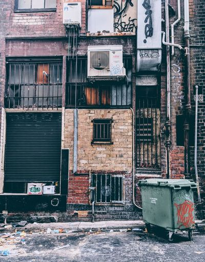 EyeEm Selects City Window Ghetto Architecture Building Exterior Built Structure Electric Meter Damaged Obsolete Ruined Deterioration Run-down No Parking Sign Shutter Fire Escape