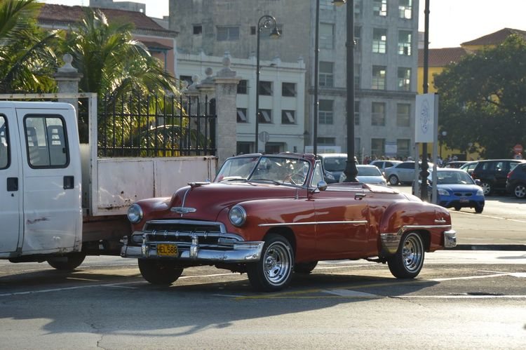 Havana Land Vehicle Nice Car Oldtimer Outdoors Parked Sunlight