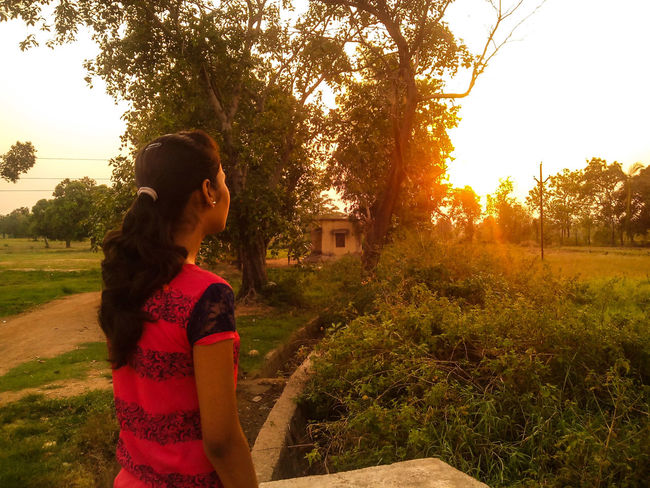 Girl watching the beautiful sunset and nature.. Girl Watching Sunset_collection Sunlights The Street Photographer - 2016 EyeEm Awards The Great Outdoors - 2016 EyeEm Awards Nature Photography Trees Collection The Portraitist - 2016 EyeEm Awards Girl Power Independent Woman Original Experiences Feel The Journey 43 Golden Moments