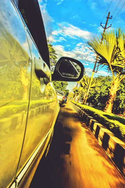 Trying somthing new . Wanderlust Fun NewAngle Perspective Reflection Hanging Out Car Street Avenue Taking Photos Canonphotography