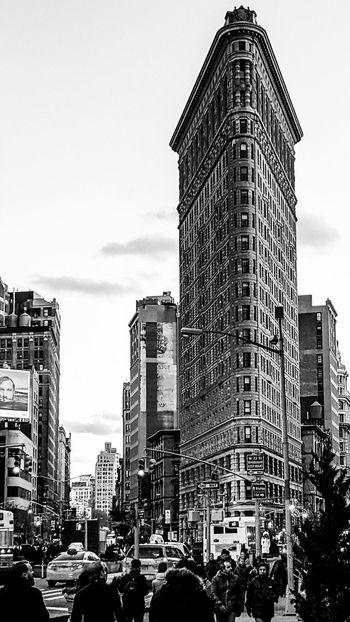 Adult Architecture Building Exterior Flatiron Building Travel Destinations Outdoors Skyscraper Built Structure City Day Sky People Crowd Modern Police Force Large Group Of People Cityscape Urban Skyline Flatiron District EyeEm Selects