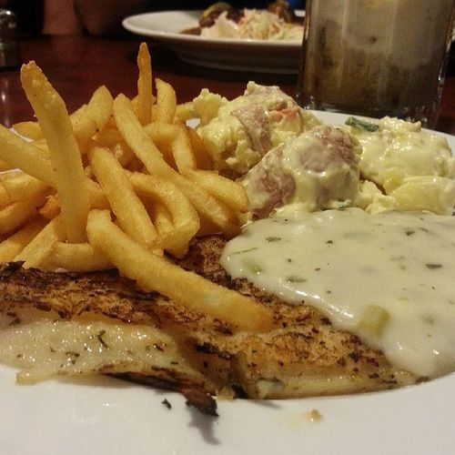Girll Fish with Herb at Astons. With @rongquannn @zerfonrebels @berwinnnn