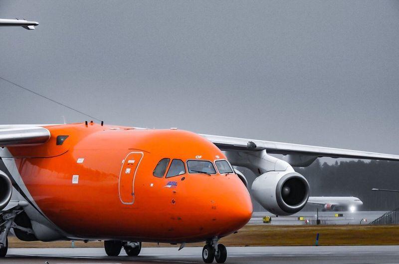 Airplane Airport Tnt Arlanda Orange
