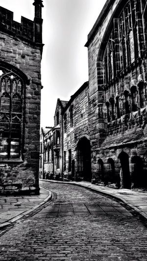 These old streets of Coventry Coventry Cathedral - UK Tappy