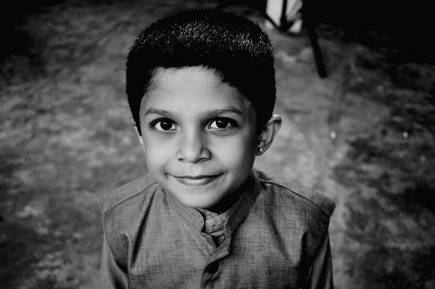 Smile Smile Innocent EyeEm Selects Portrait Child Childhood Looking At Camera Boys Headshot Males  Close-up Posing