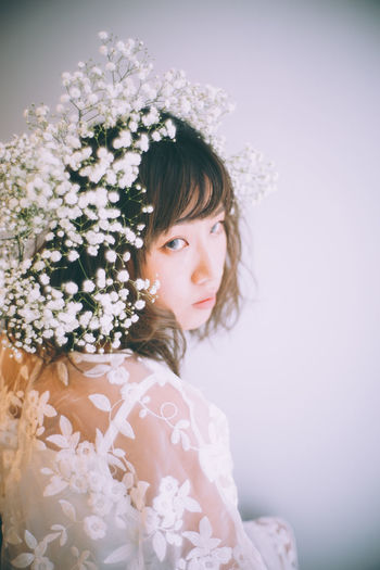 Beautiful Woman Bouquet Bride Celebration Crown Day Flower Indoors  Laurel Wreath Lifestyles Looking At Camera One Person People Portrait Real People Wearing Flowers Wedding Wedding Dress Young Adult Young Women