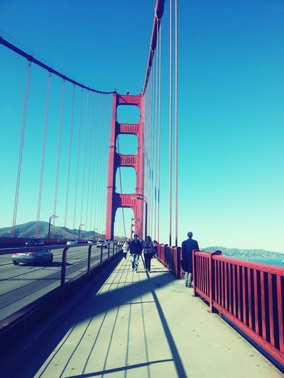 San Francisco Bridge Learn & Shoot: Leading Lines Tourists