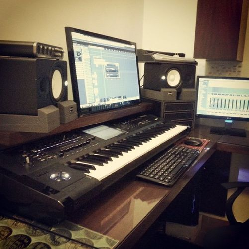 Latest addition: Auralex Mopads Monitor Isolation :D hs50 yamaha homestudio studio korg kronos cubase7