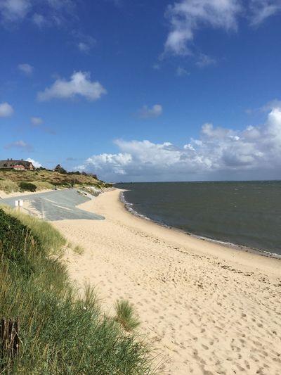 Beach Sea Water Beach Land Sky Sand Cloud - Sky